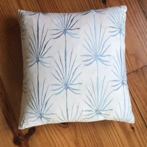 West elm throw pillow